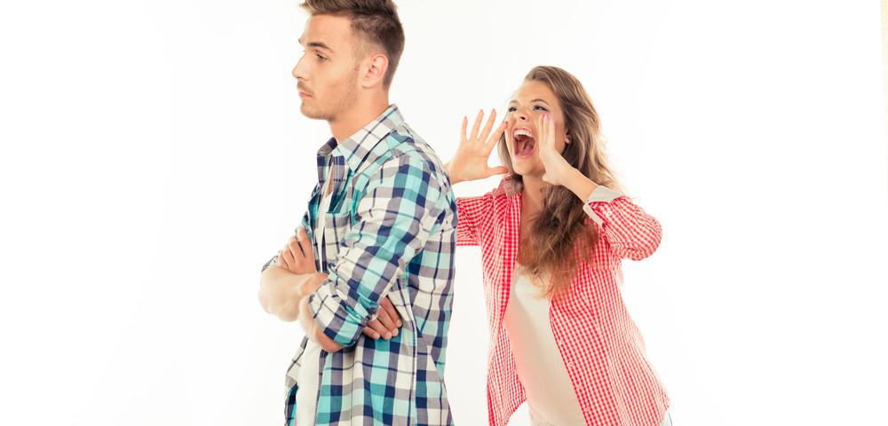 разговор между девушкой и парнем, via shutterstock