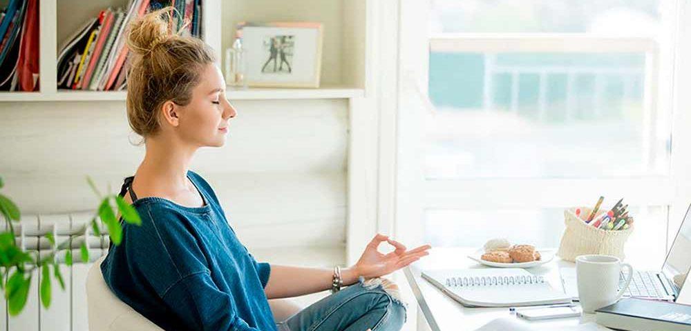 52 утренние мантры, которые изменят вашу жизнь